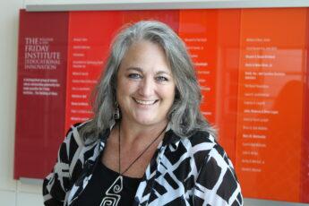 Dr Hollylynne S. Lee