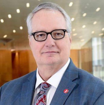 Dr Warwick Arden