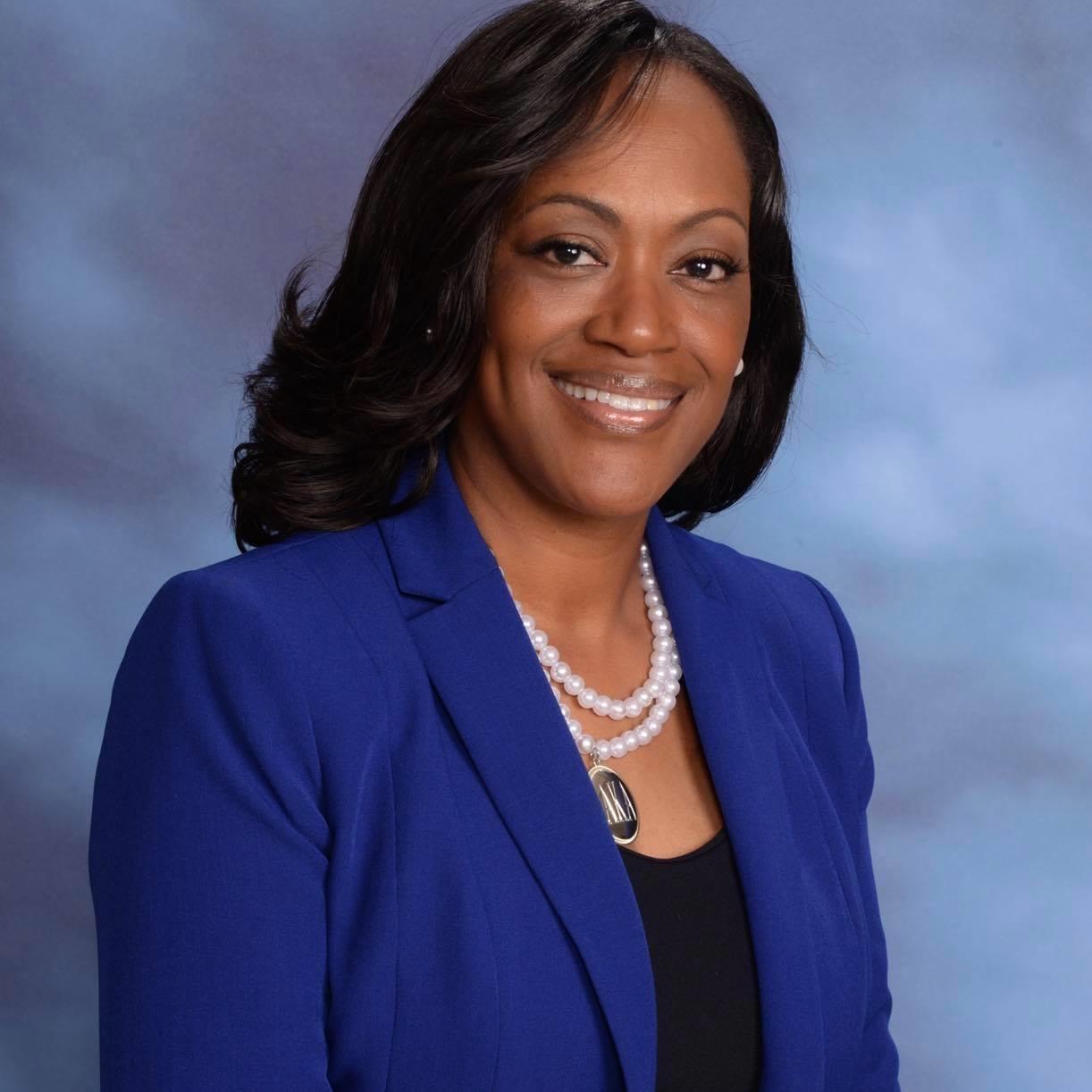 Photo of Dr. Catherine Edmonds